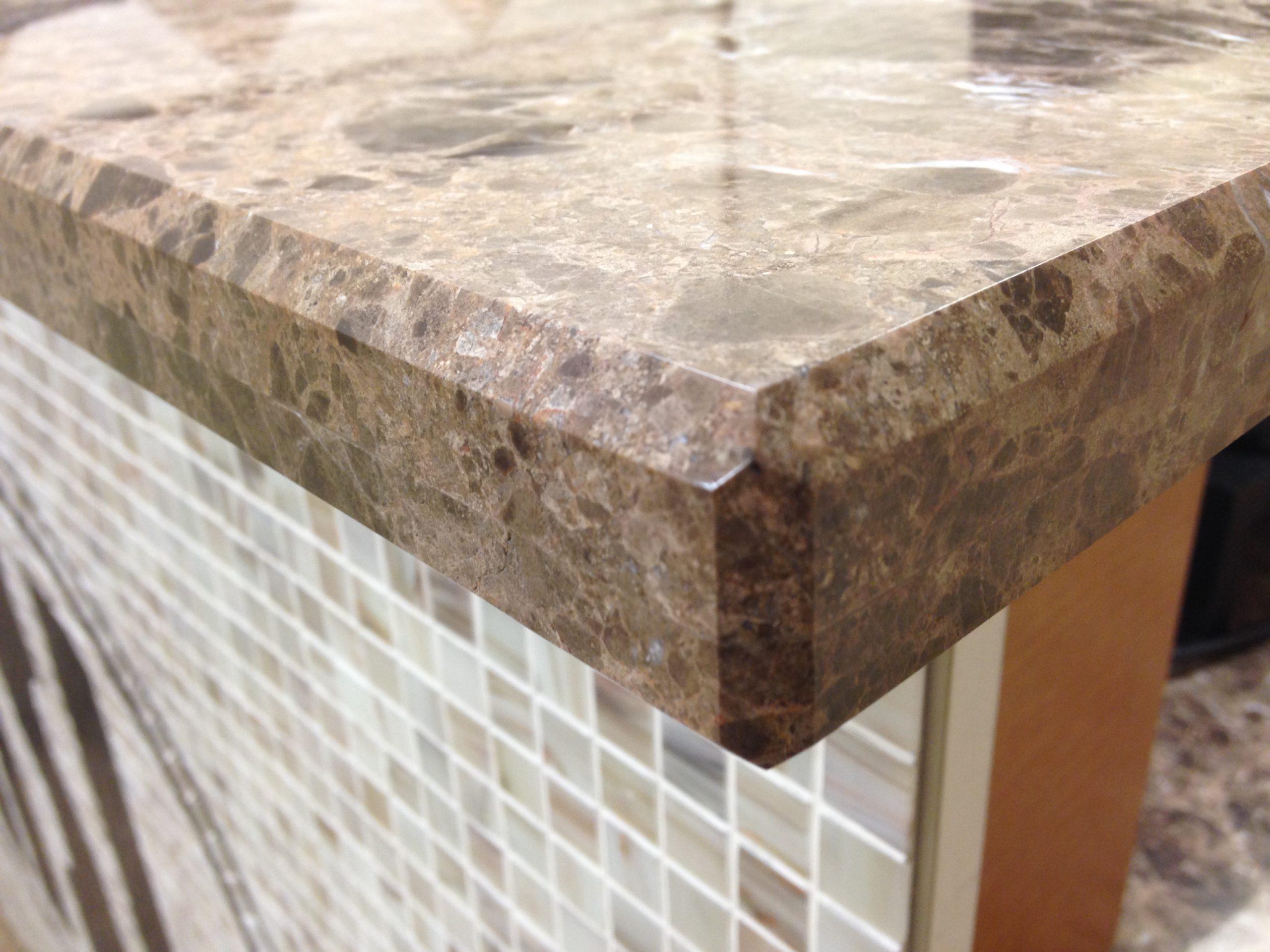 Doubled beveled quartz countertop edge