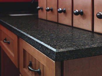 Beveled quartz countertop edge